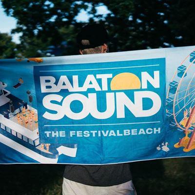 BALATON SOUND // Beach Törülköző termékhez kapcsolódó kép